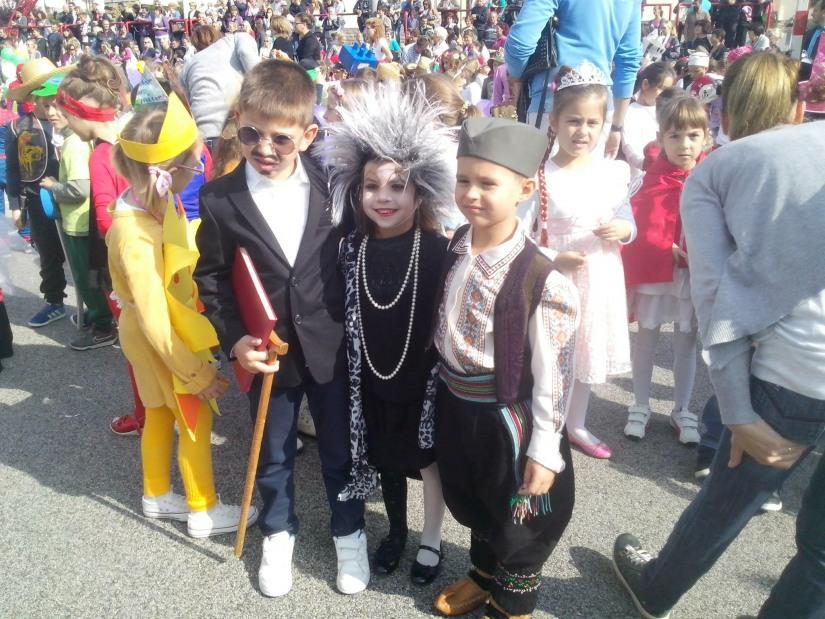 Дечји маскенбал у организацији Предшколске установе Сунце из Горњег Милановца