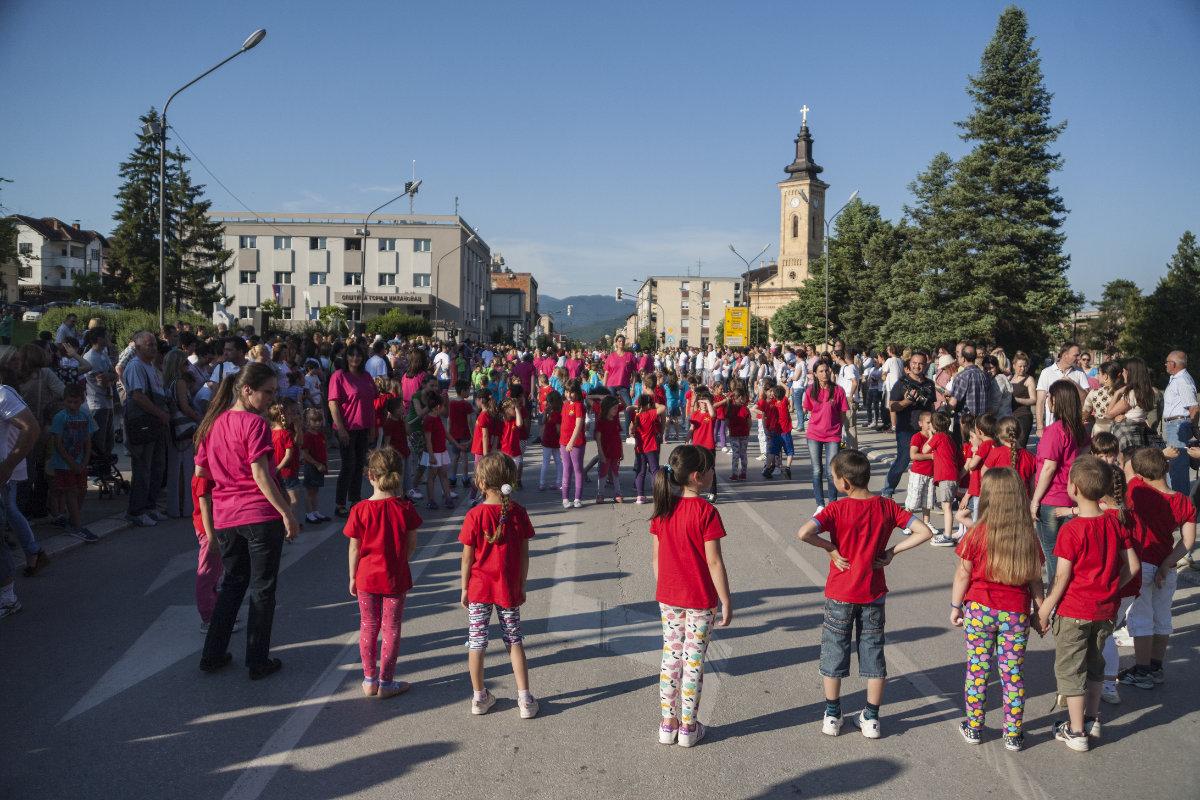 Дечија приредба у центру Горњег Милановца у организацији Предшколске установе Сунце