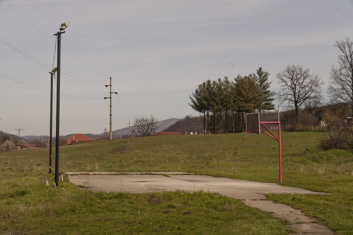 Игралиште за баскет које се налази иза објекта 3